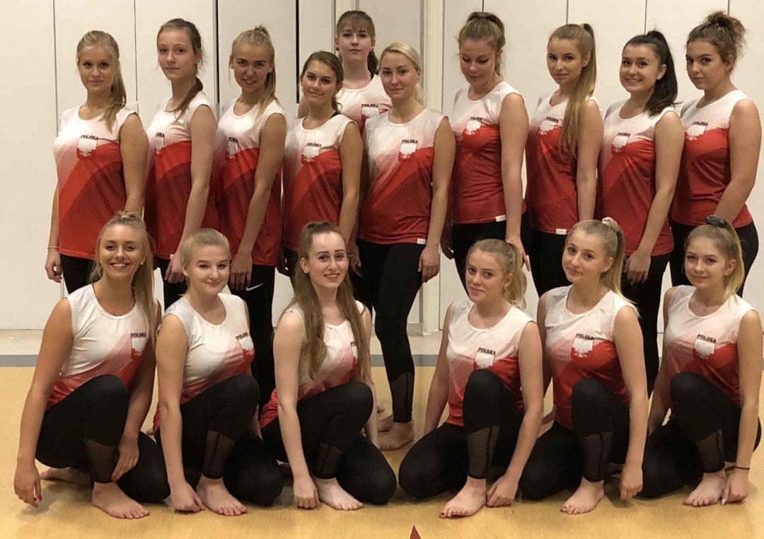 Galaxy Team Senior. Profesjonalna drużyna Cheerleaders w innej odsłonie